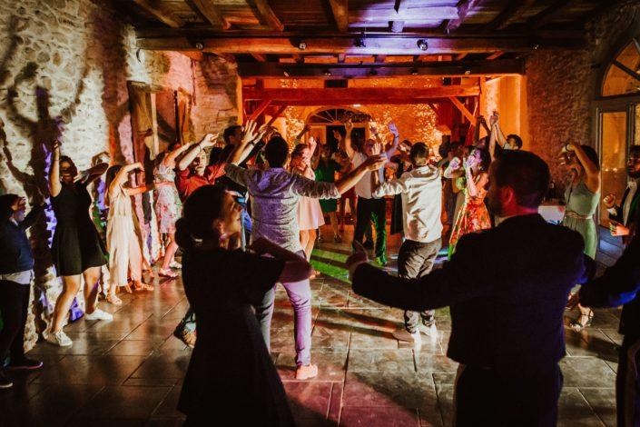 decoration lumineuse dj piste de danse dj mariage pays basque dj pau loubieng orthez domaine de tilh